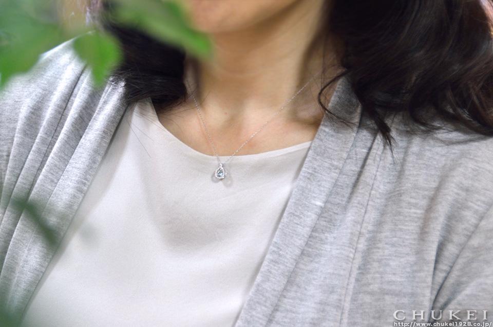 ブルーダイヤ ペンダント・ネックレス