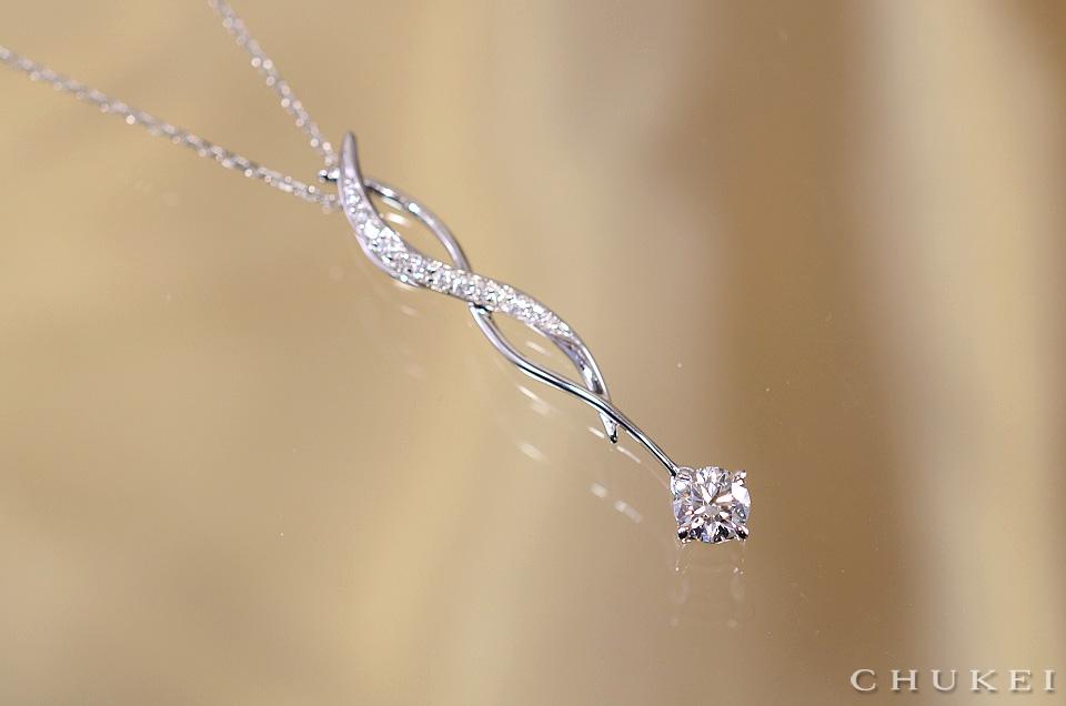 ダイヤモンドペンダント・ネックレス_オーガニックライン
